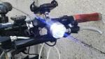 クロスバイク デイライトで昼間の被視認性向上3