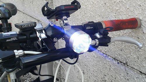 CREE XML-T6 高輝度 サイクルヘッドライト USB接続タイ