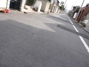 道路の日陰